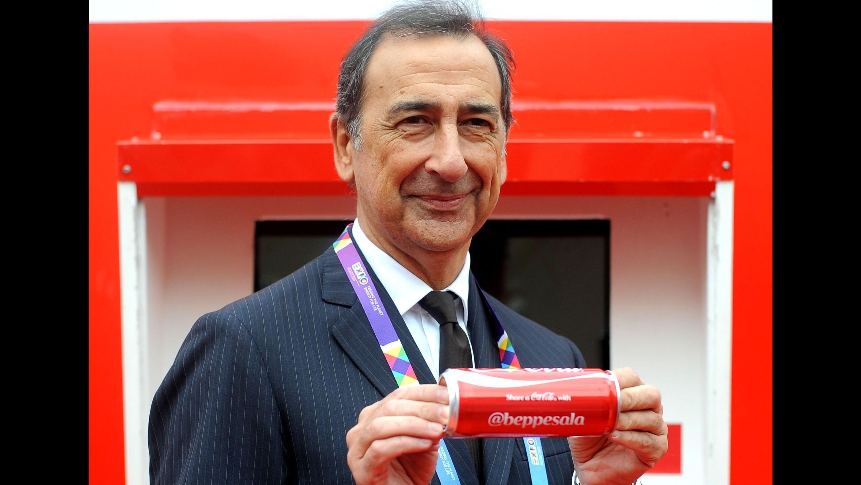 Expo, ecco la Coca-Cola personalizzata: Sala ha già la sua