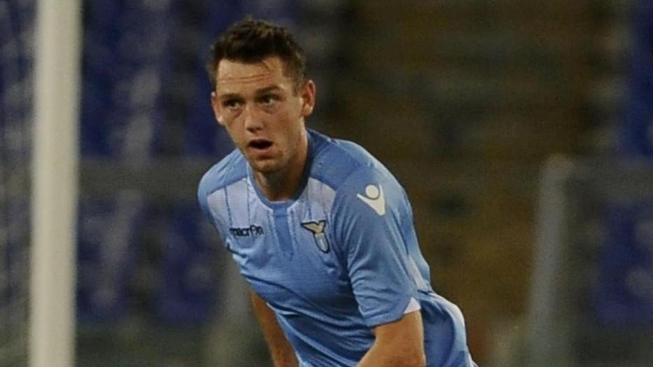 Lazio: De Vrij sta bene, tempi di recupero lunghi