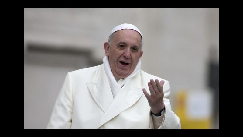 L'appello del Papa: I cristiani non cadano nell'inganno delle ricchezze