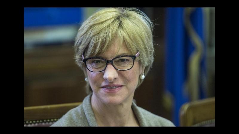 Sbarchi, Pinotti: Con l'operazione Mare sicuro arrestati 125 trafficanti