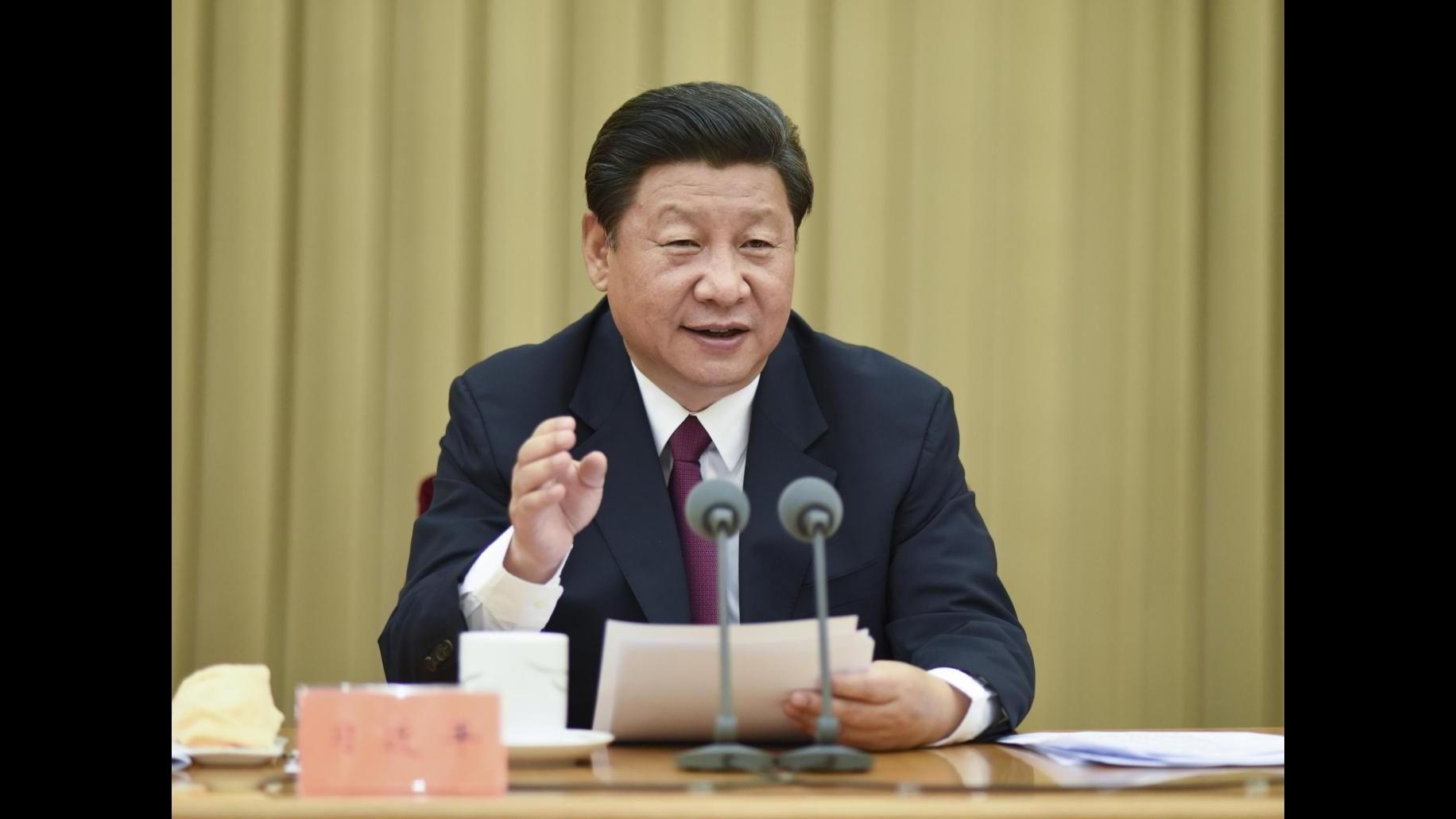 Xi Jinping atterrato a Seattle: Non vedo l'ora di incontrare Obama