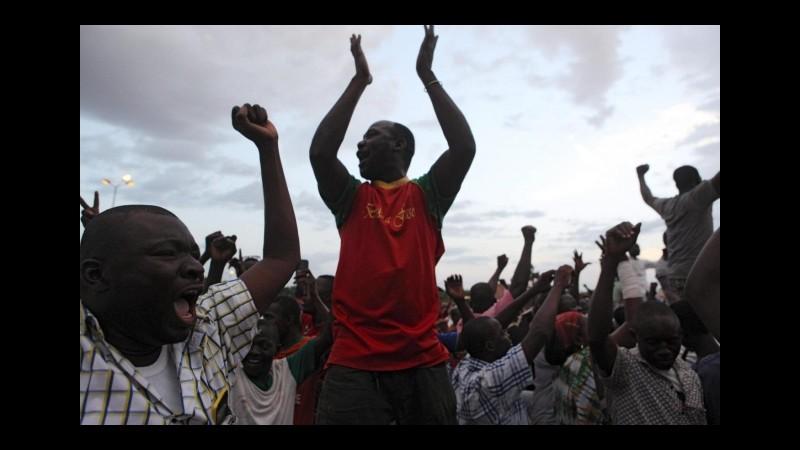 Burkina Faso, esercito entra in capitale, liberato il premier ad interim Zida