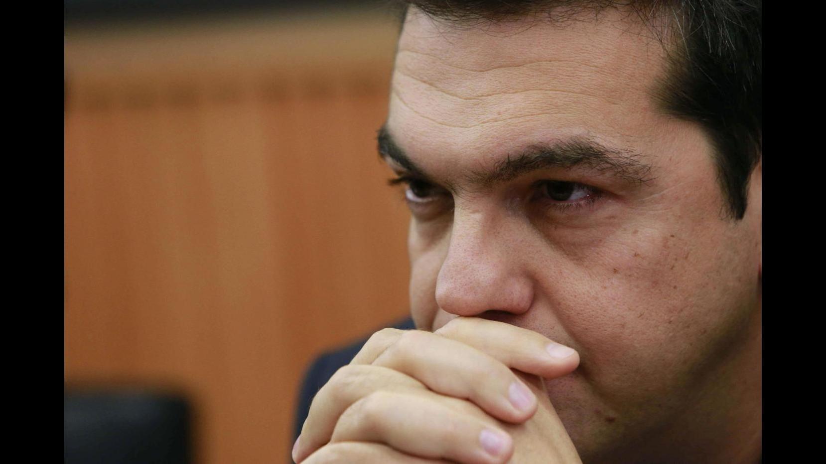 Atene: Accettiamo di pagare Fmi a fine giugno. Oggi Tsipras parlerà in Parlamento