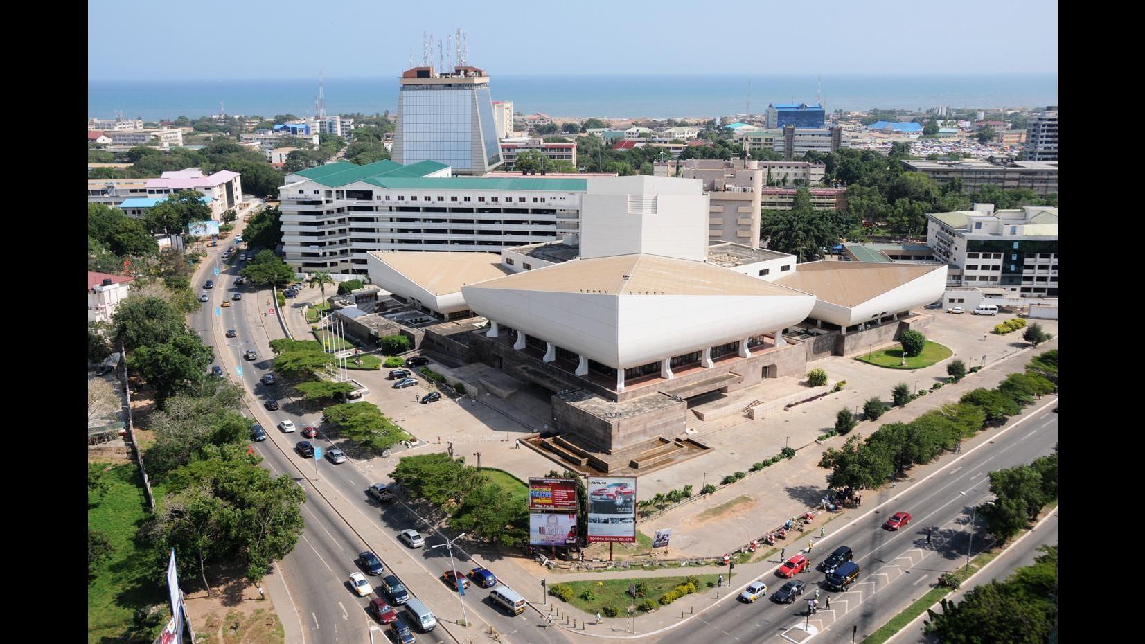 Ghana, esplosione in una stazione del gas: almeno 96 vittime nella capitale Accra