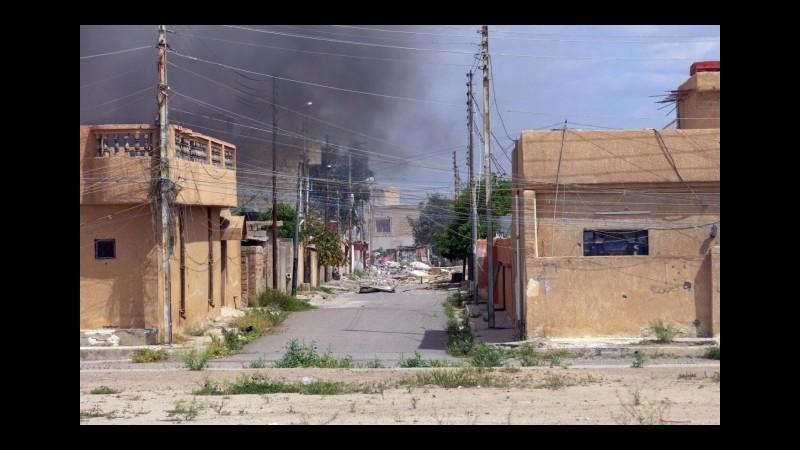 Isis, la coalizione attacca con gli aerei: colpite 10 città irachene