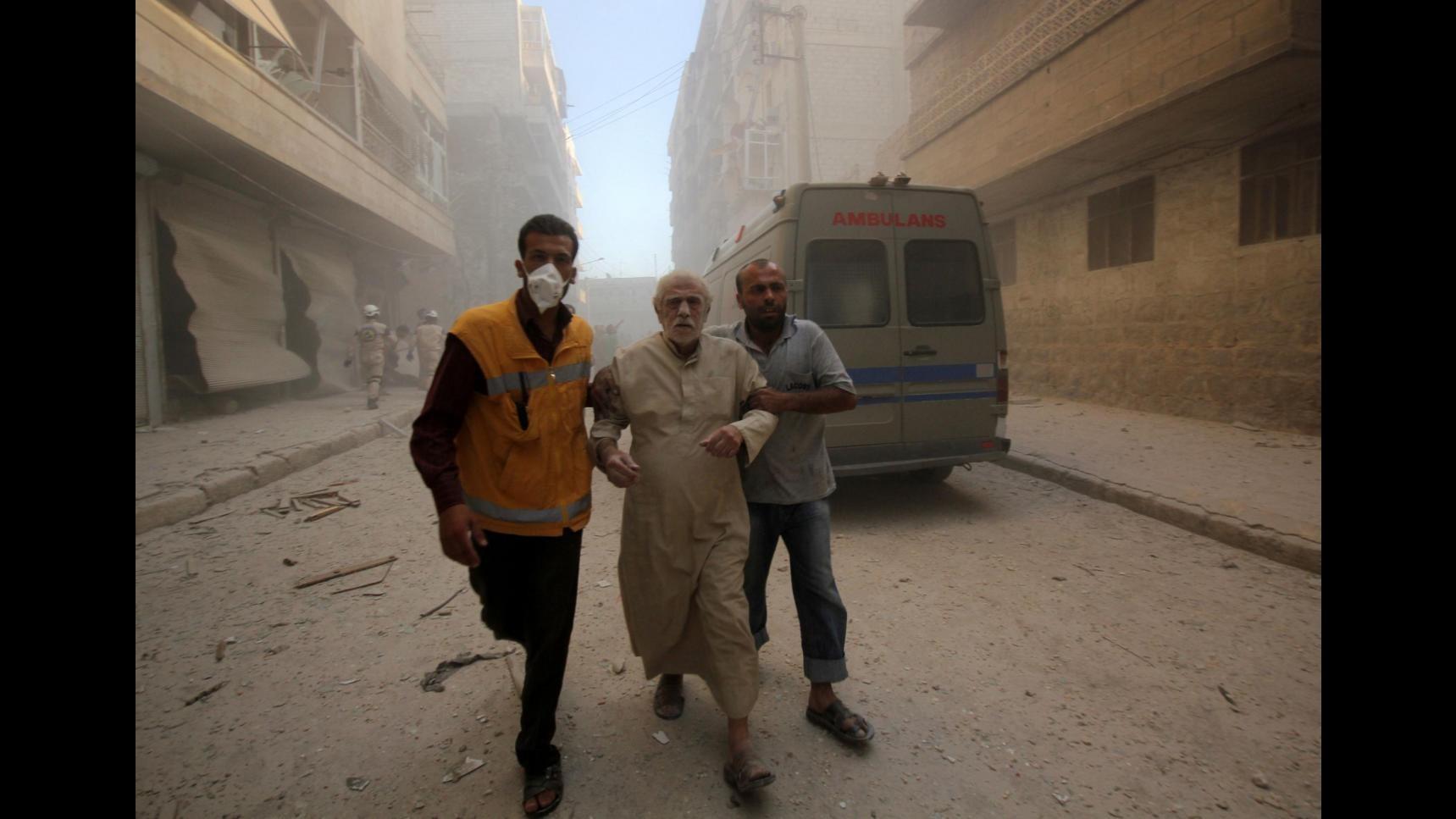 Siria, tv: Raid Mosca su Palmira, Aleppo e Idlib contro obiettivi Isis