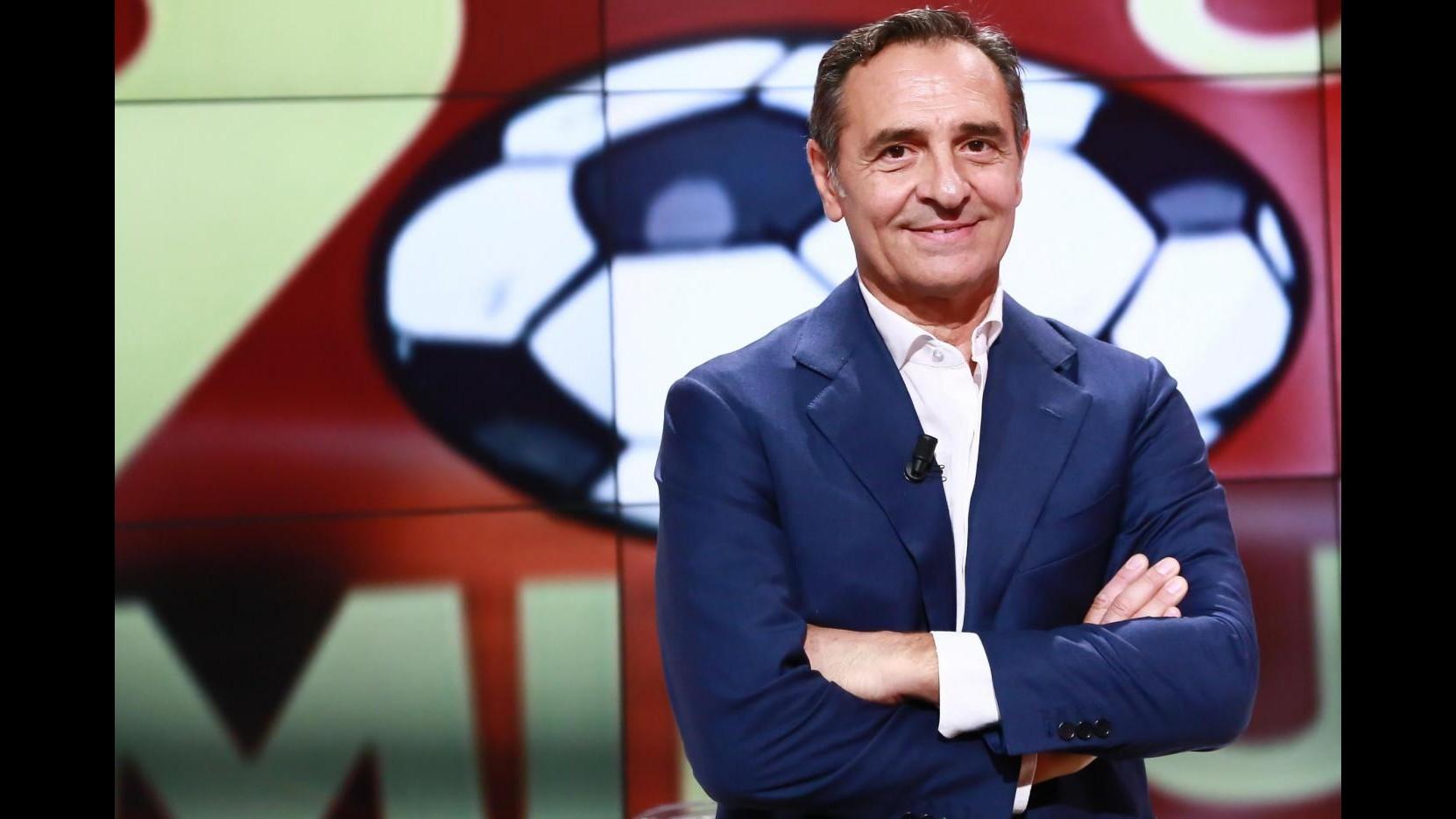 Prandelli: Fiorentina fa sognare tifosi, è campionato strano