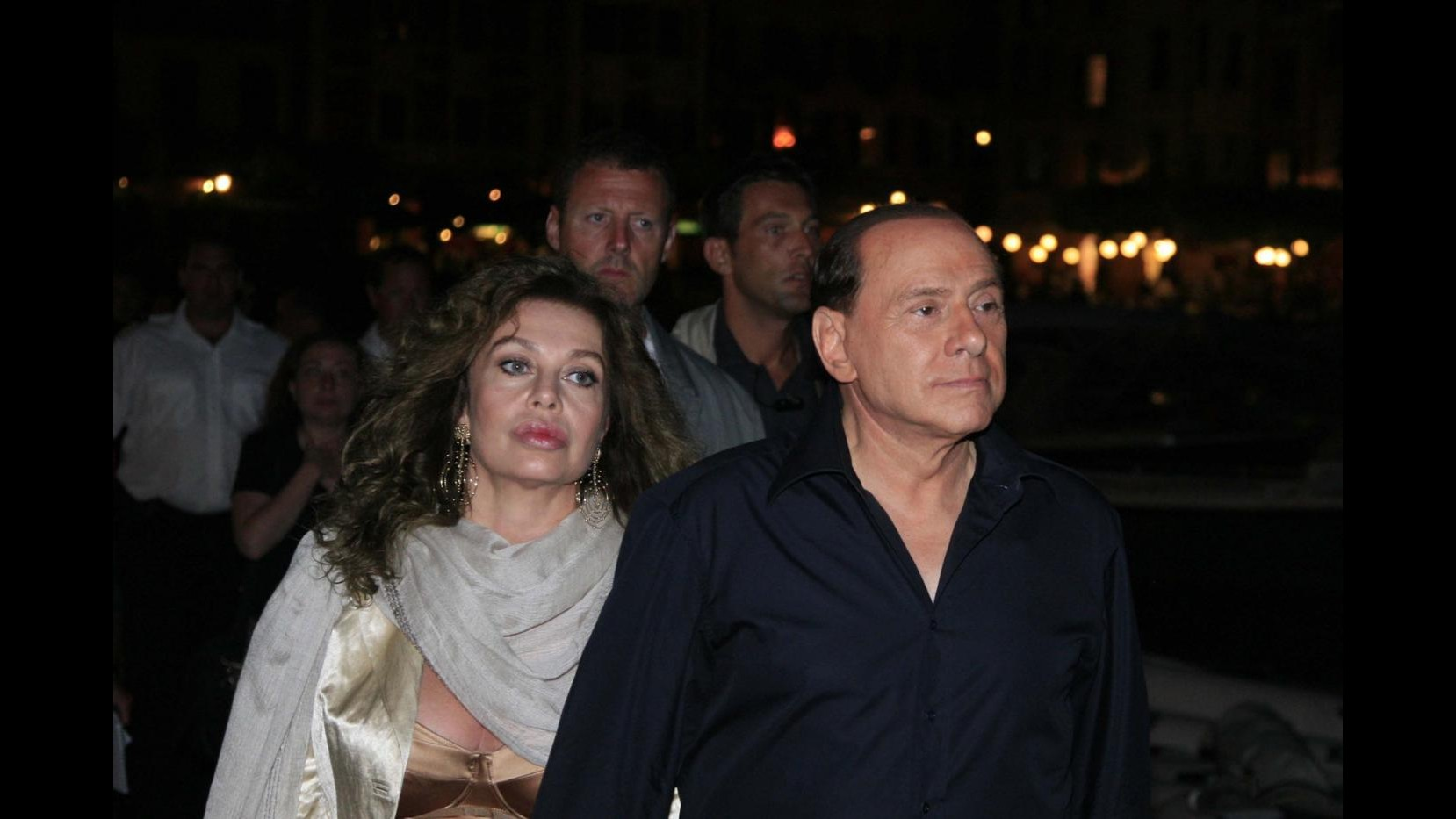 Divorzio Berlusconi-Lario, assegno da 1,4 milioni al mese a Veronica