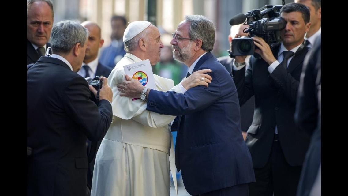Storica visita del Papa al tempio Valdese: Perdonateci per i nostri atti non umani