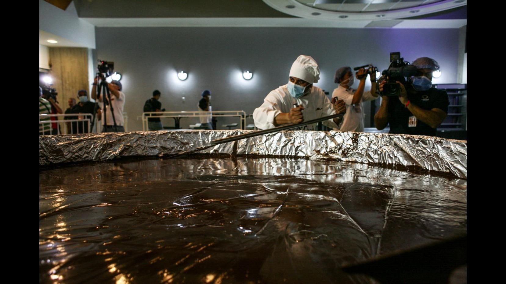 Moneta di cioccolato da record: Venezuela tenta sorpasso Italia