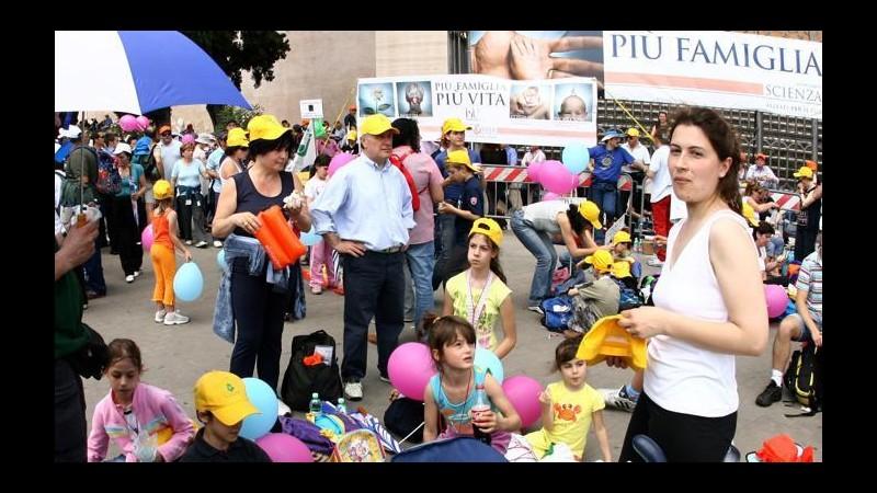 Per il Family day a Roma folla in piazzaSel lancia la campagna antiomofobia