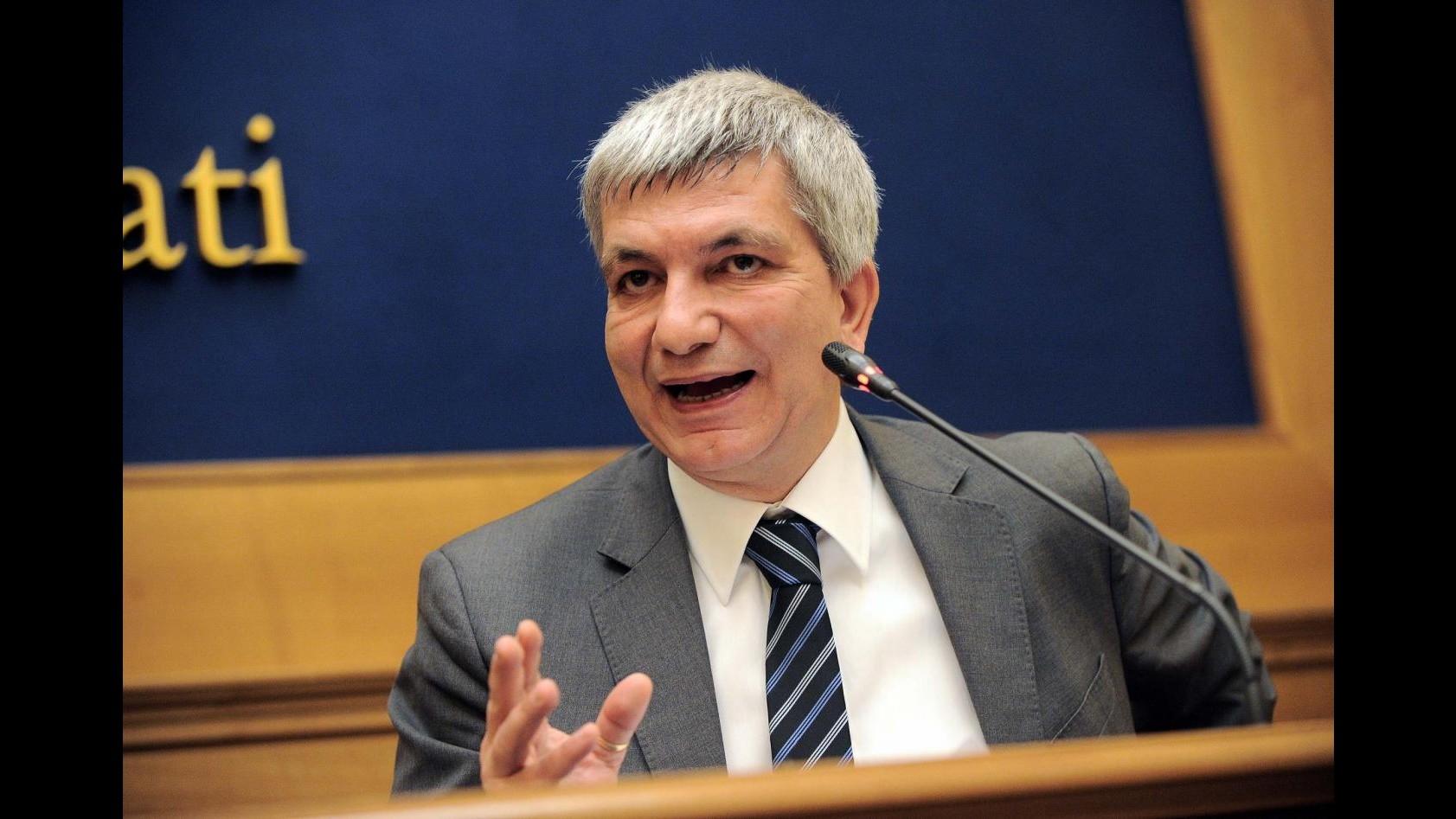 Vendola a Grillo: Clandestini come topi? Regala parole a barbarie