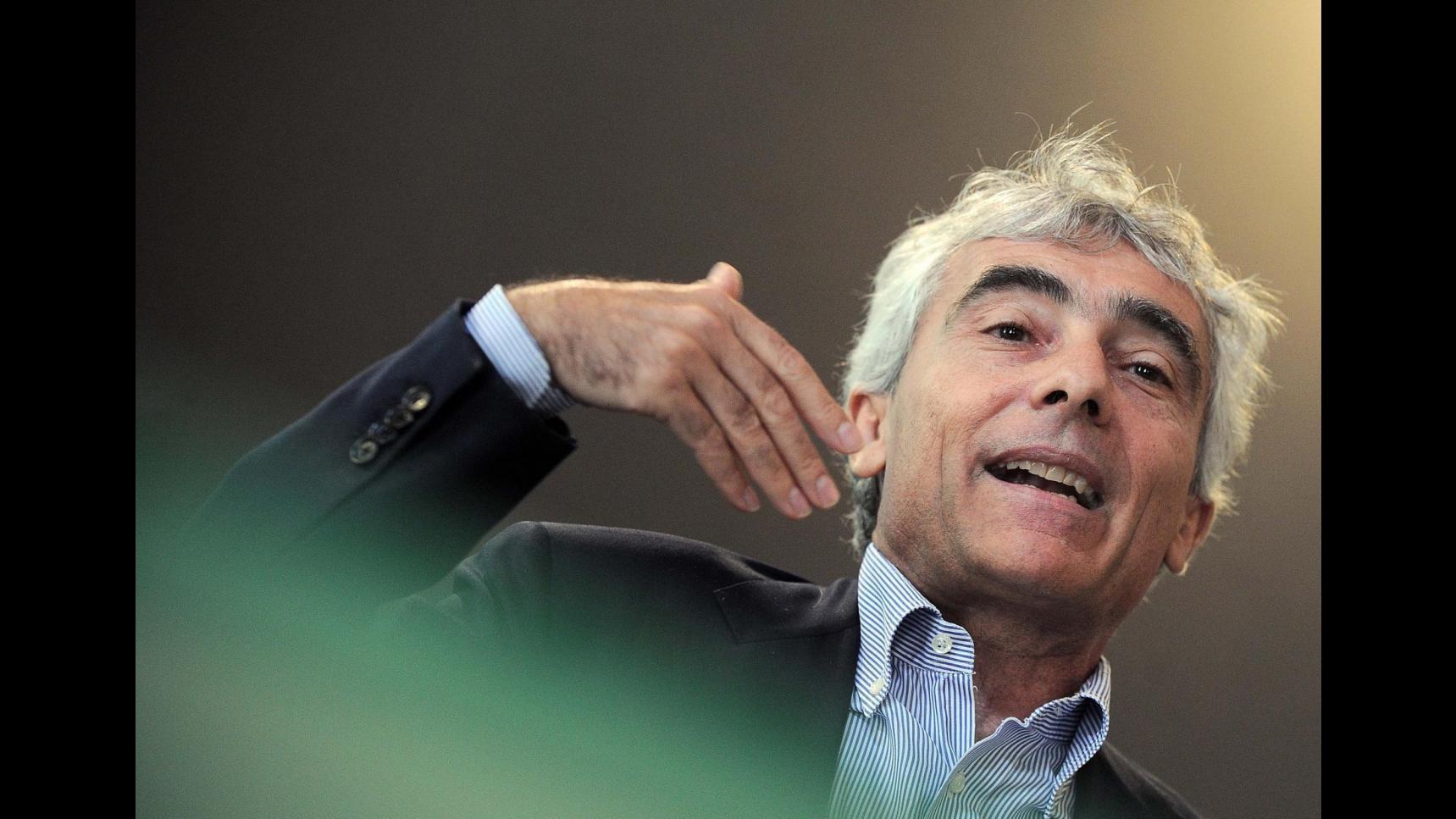Boom dei pensionati italiani all'estero: +65%. Dagli immigrati 3 miliardi di contributi