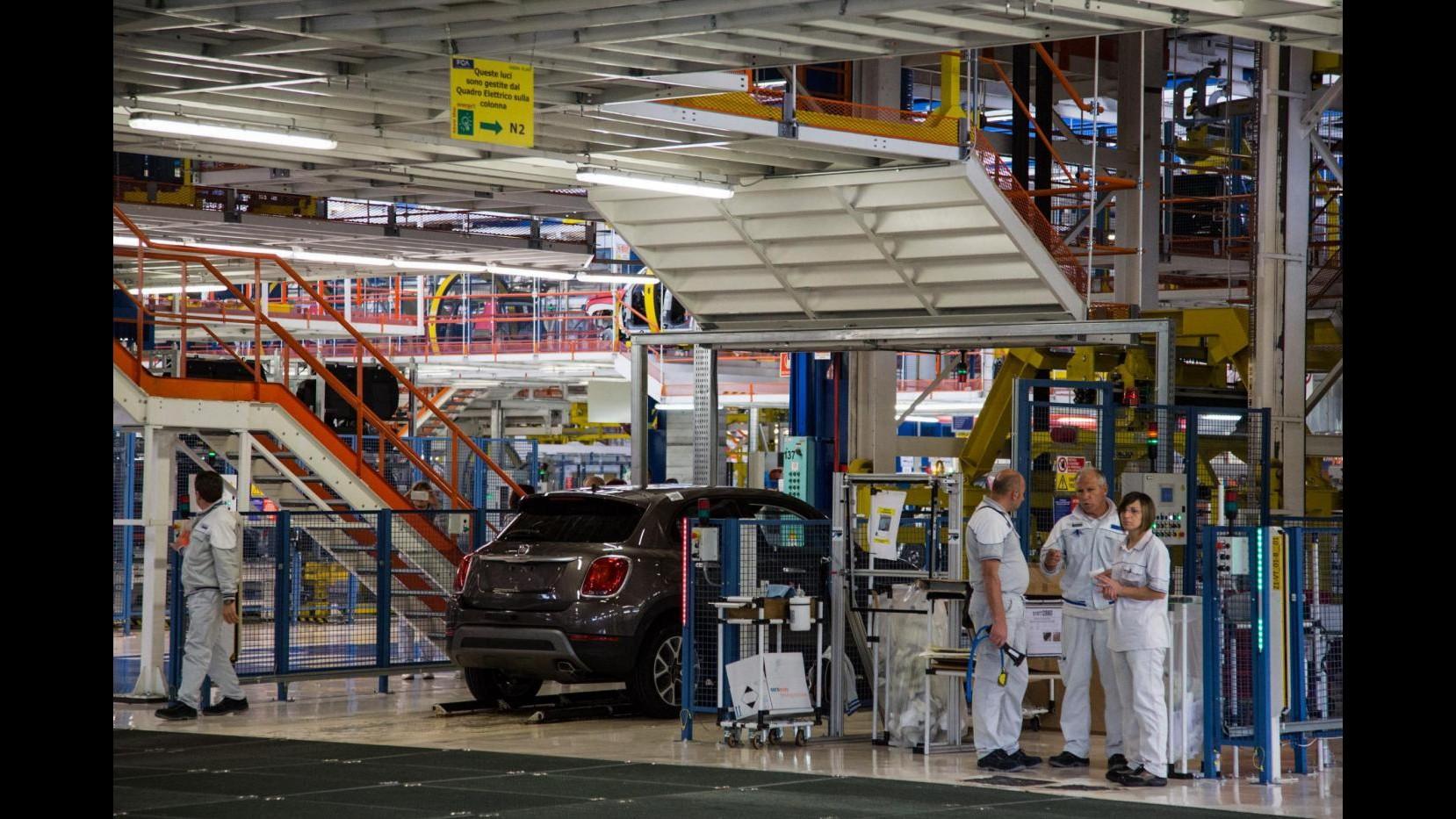 Eurostat: Produzione industriale eurozona -0,5% ad agosto, +0,9% annuo
