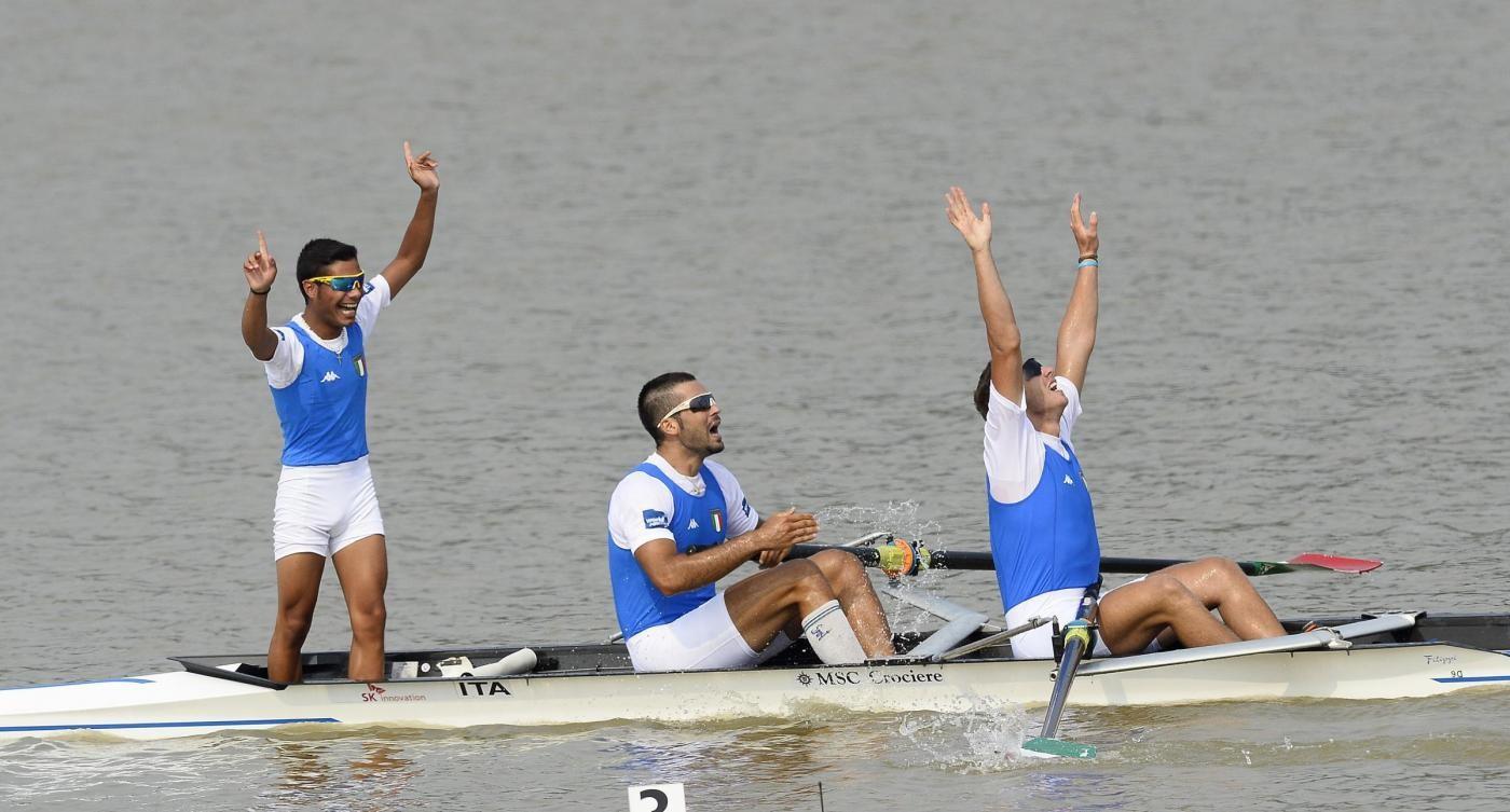 Universiadi, canottaggio: Italia piazza 5 barche in finale