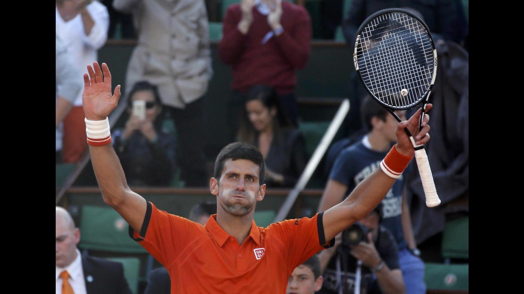 Tennis, Wimbledon: Djokovic e Sharapova al terzo turno