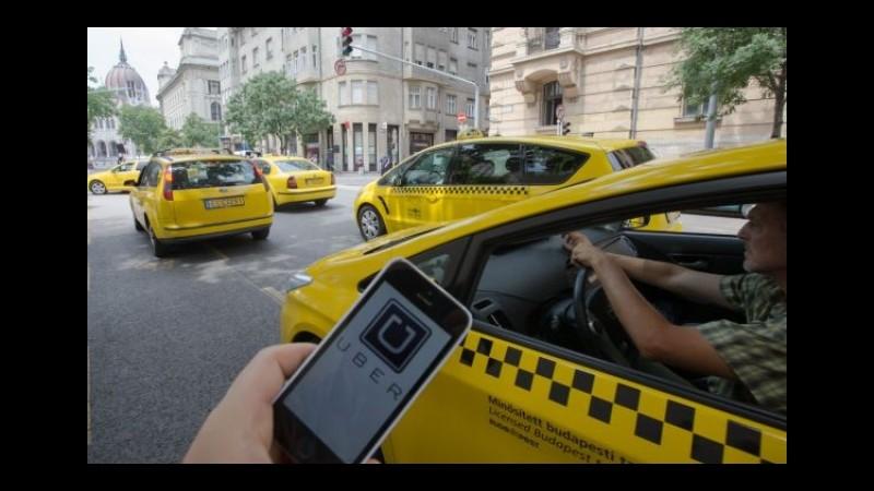 Francia, fermati dalla polizia i due responsabili di UberPop per 'attività illegale'
