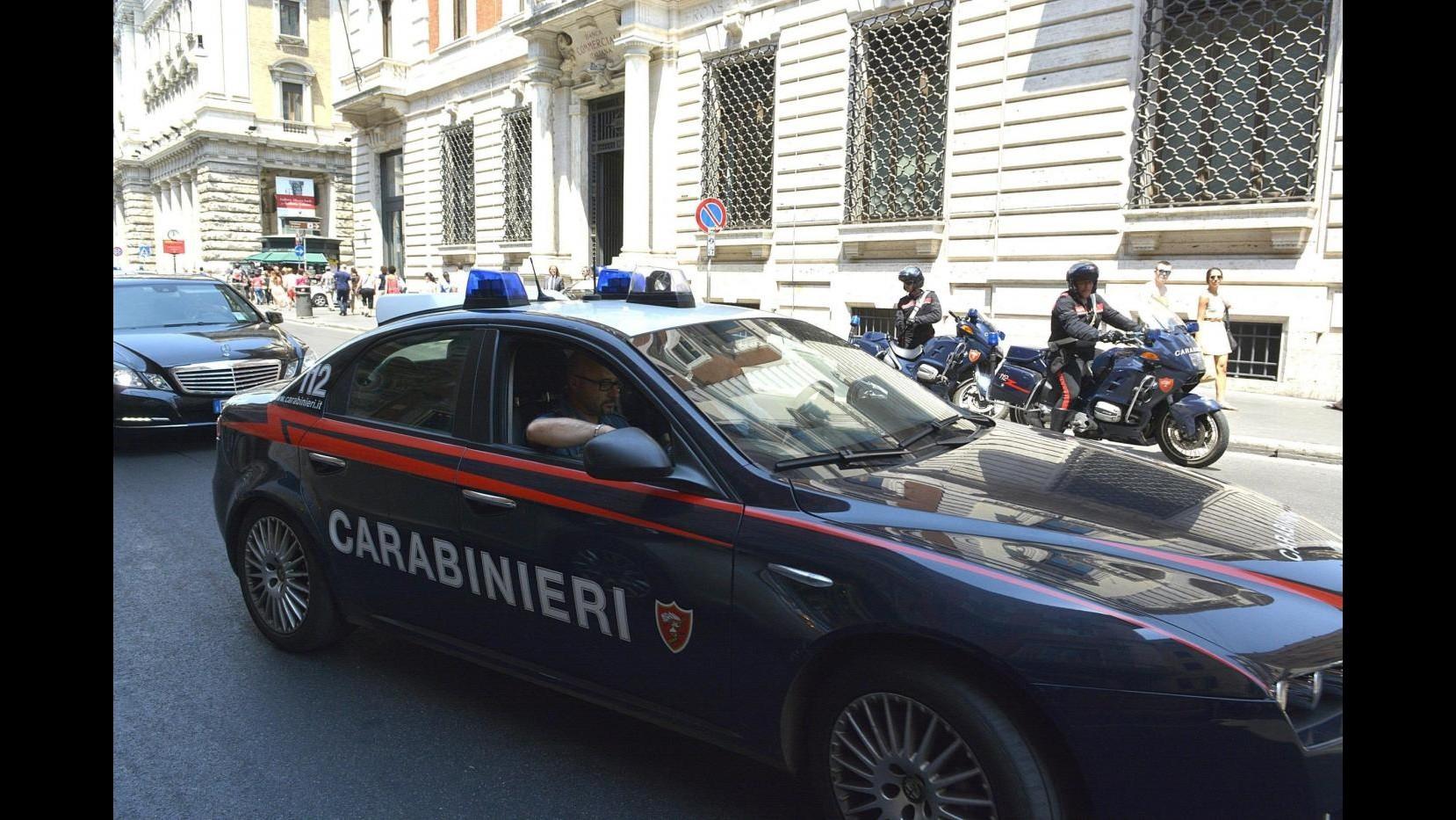 Napoli, estorsione e lesioni in famiglia: arrestato 34enne