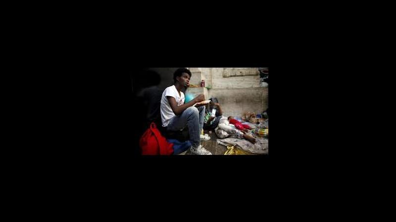 Immigrazione, Sappe: Ospitare profughi nelle carceri dismesse