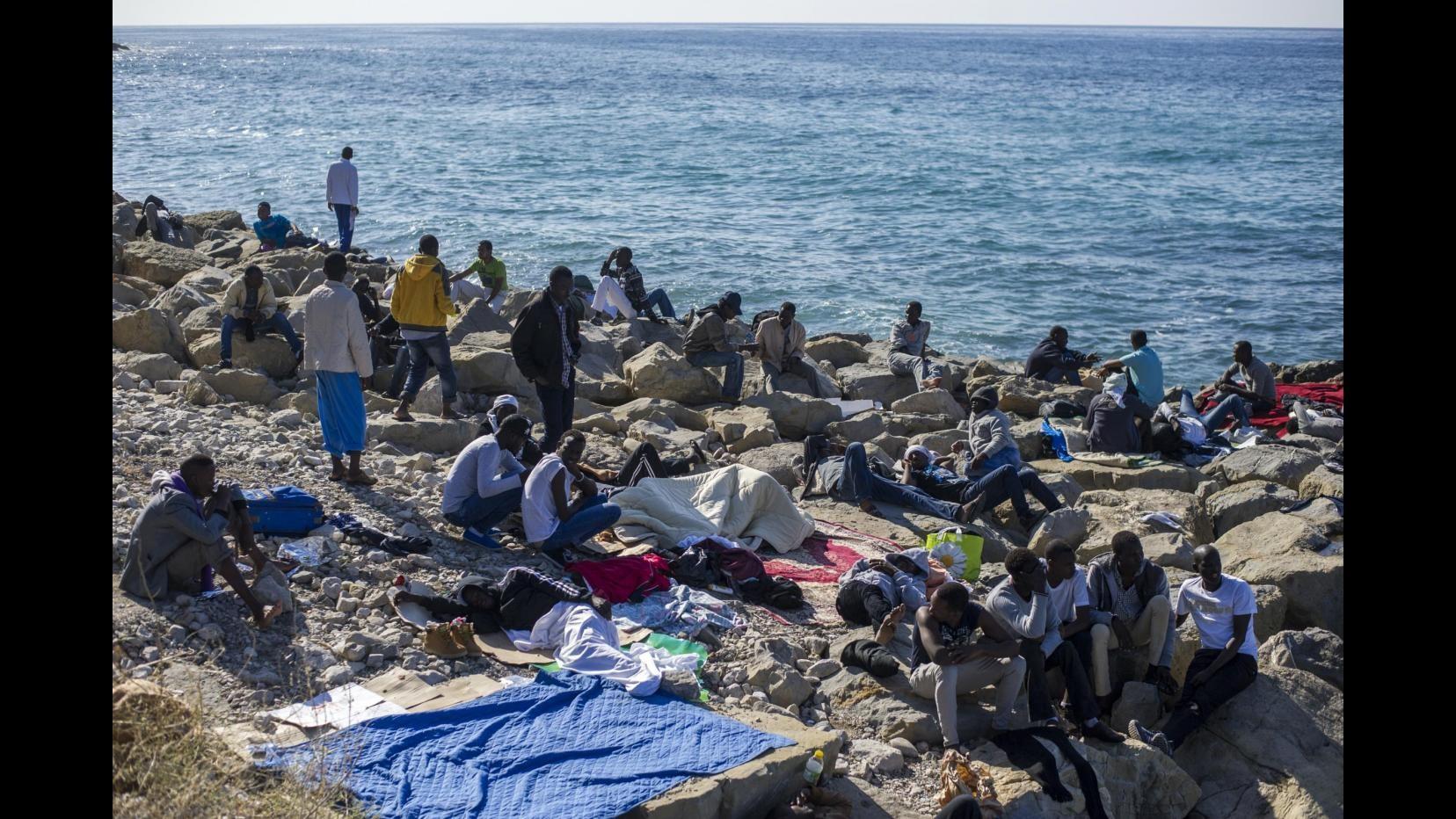 Immigrazione, Di Battista (M5S): La rabbia non è solo fascista