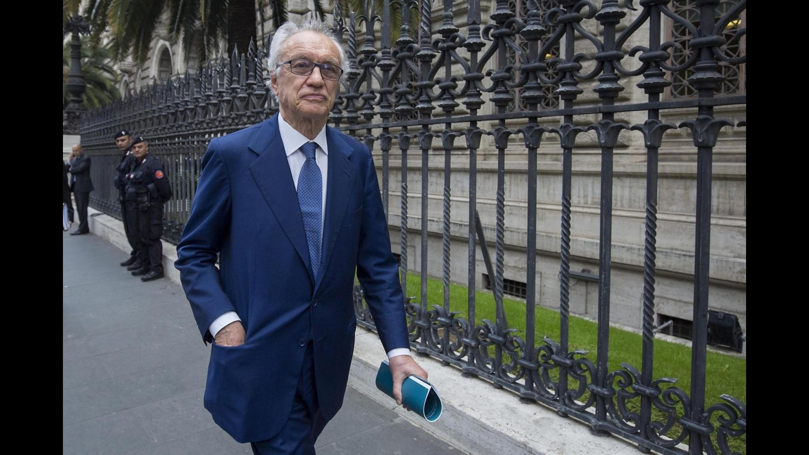Intesa Sp, Bazoli: 'Emerito' è un aggettivo attribuito a ex presidenti