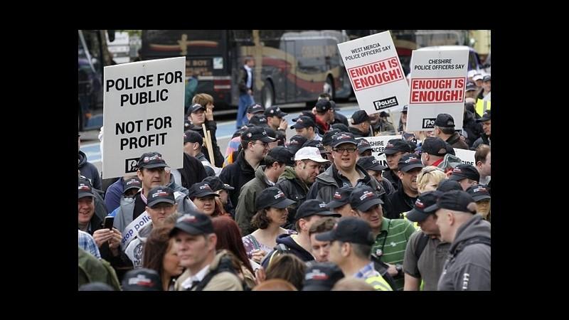 Regno Unito, giro di vite sugli scioperi: governo presenta nuove regole