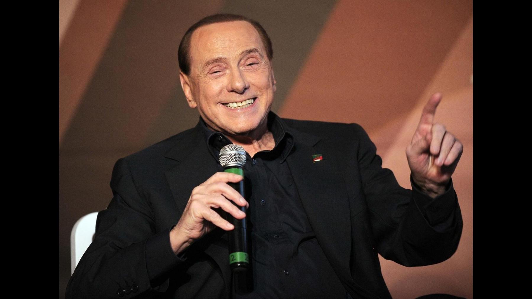 Ppe, domani Berlusconi a Madrid: probabile incontro con Merkel