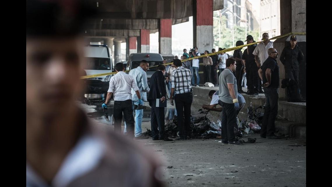 Autobomba al Cairo, Gentiloni: Attacco intimidatorio, siamo il Paese del dialogo