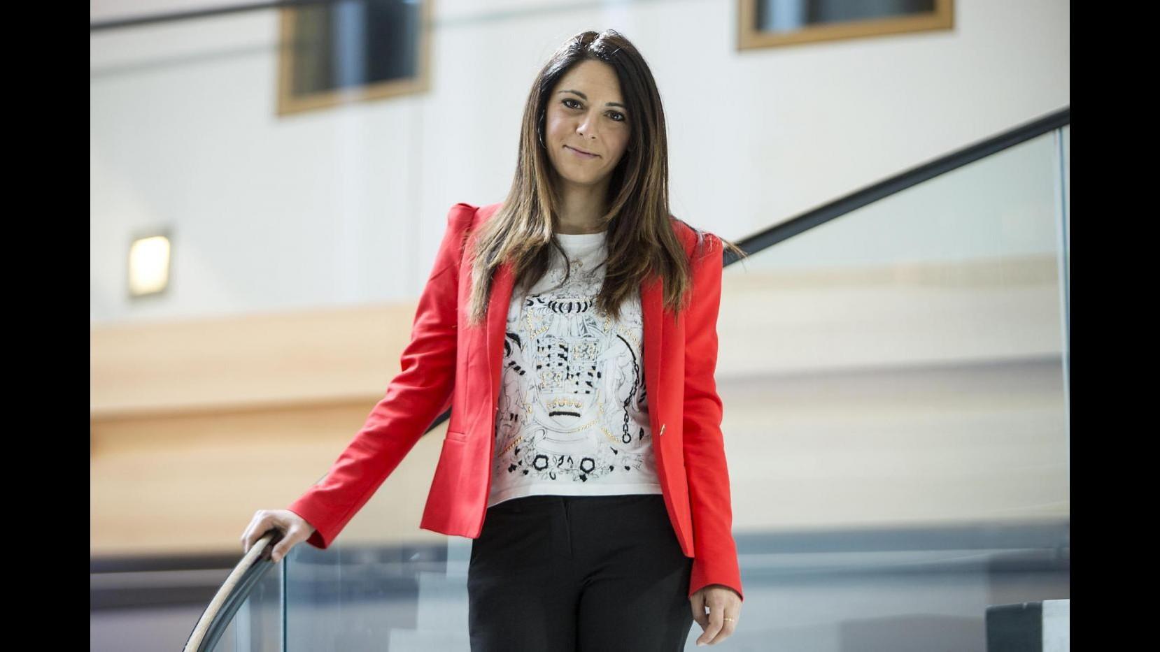 Pina Picierno a 'Domenica Live': Presto stepchild adoption, verrà ad annunciarlo Renzi
