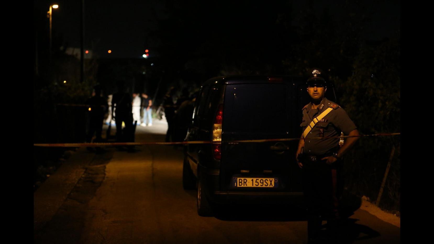 Benevento, banda di rapinatori assalta abitazione: sottratti 10mila euro