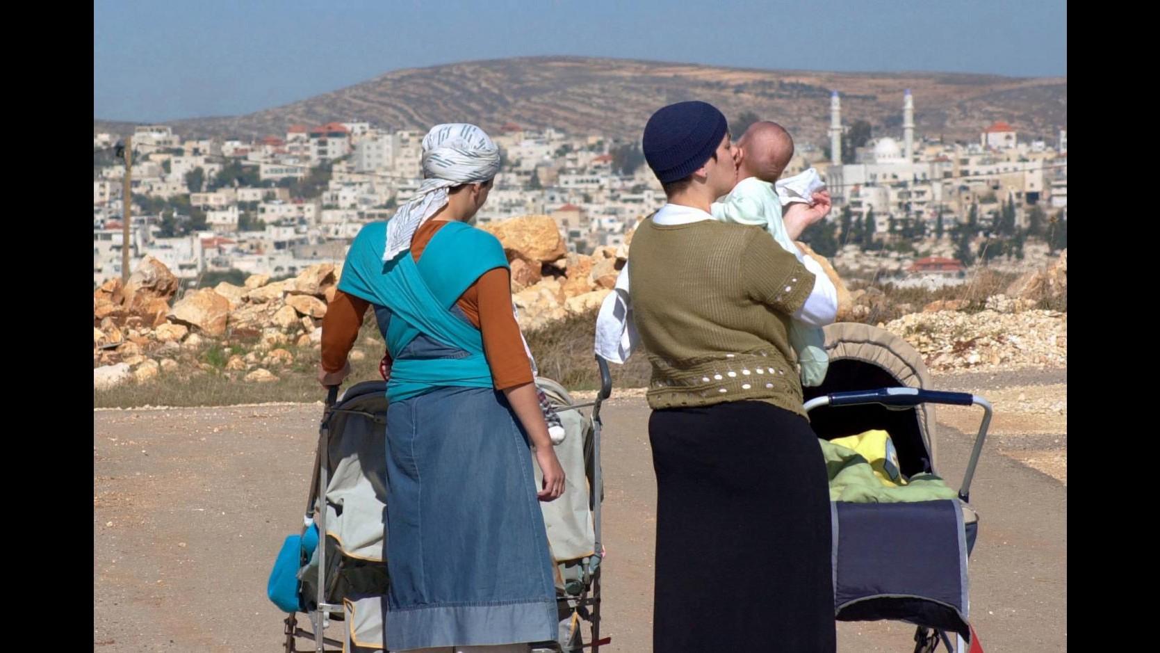Israele, Ue: fermare espansione dei nuovi insediamenti