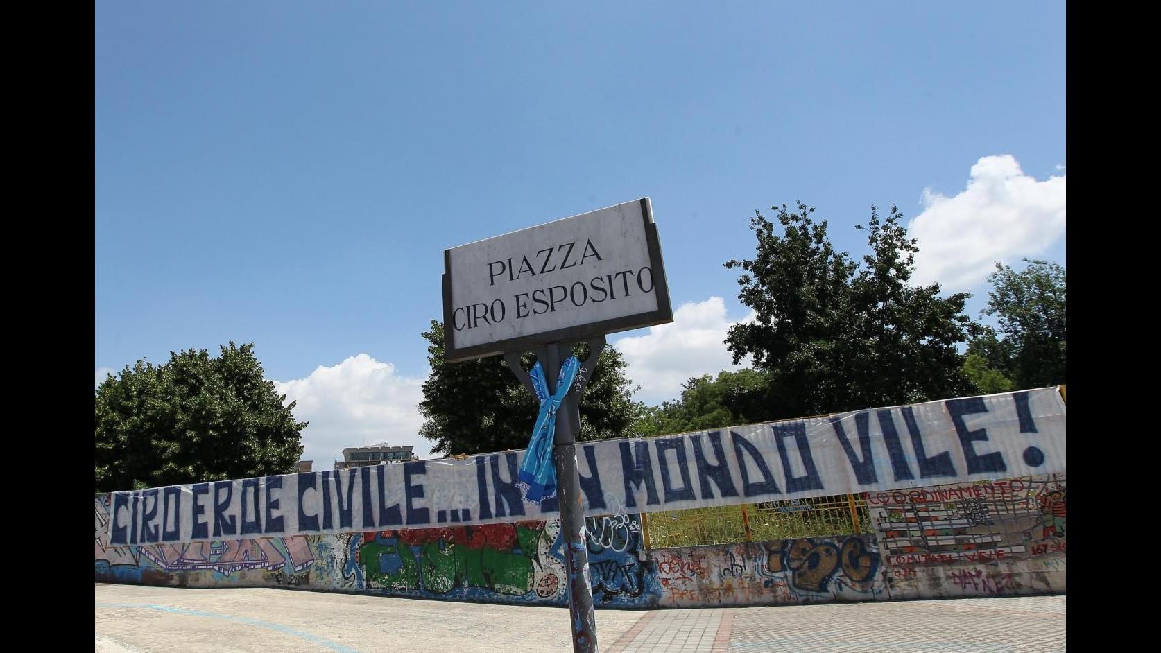 Governatore Campania De Luca incontra genitori Ciro Esposito