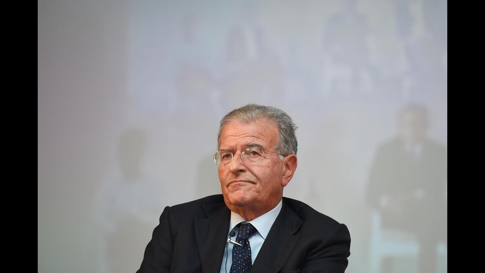 Roma, Cicchitto (Ncd): Serve atto di umiltà da Pd e Fi o si favorisce M5S