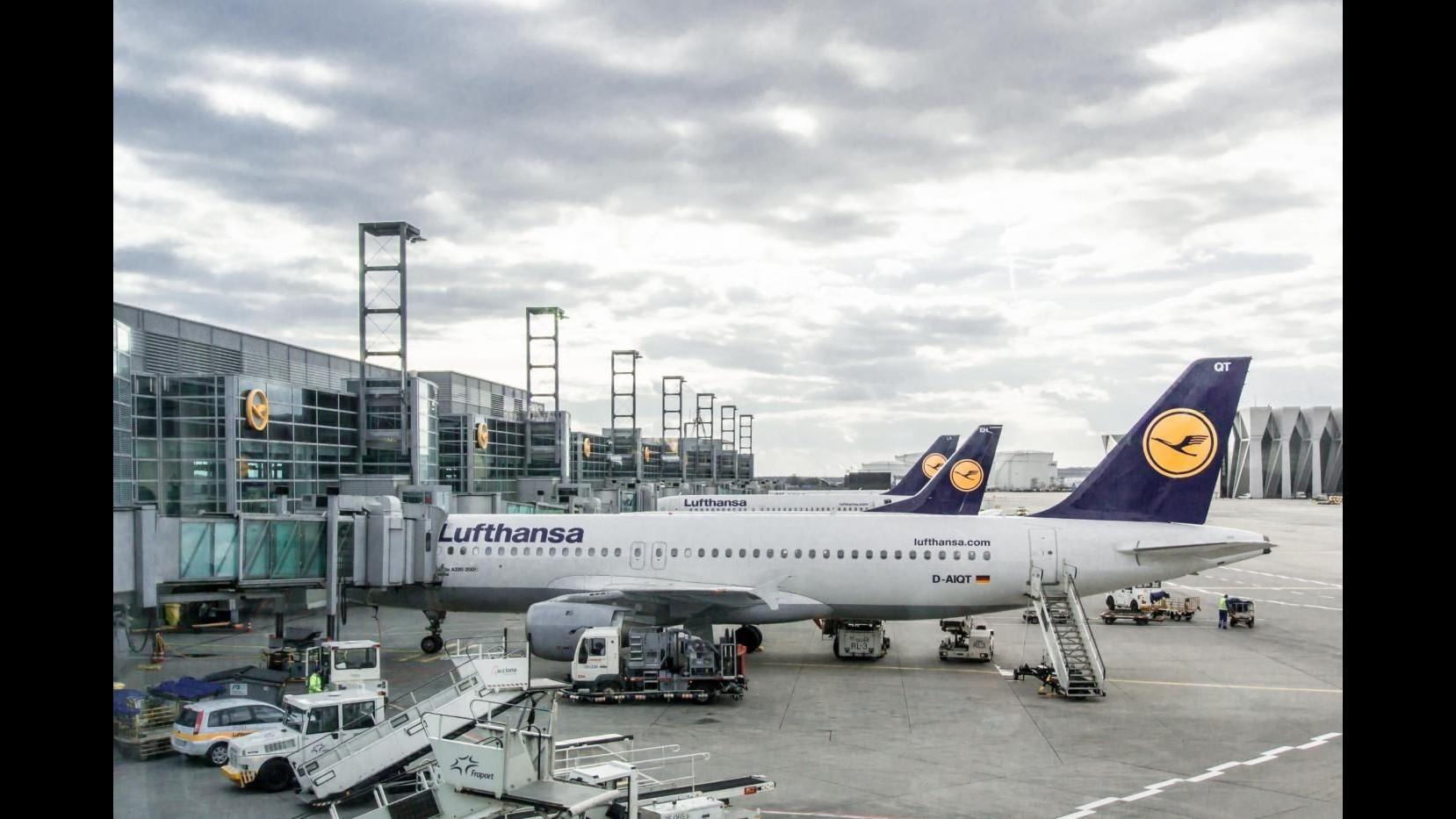 Lufthansa, da venerdì sciopero assistenti di volo