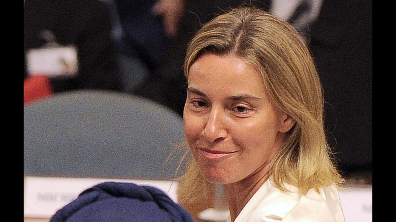 Iran, Mogherini a Teheran per colloqui, incontrerà Rohani e Zarif
