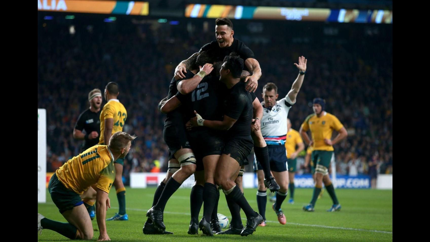 Rugby, Mondiale: Nuova Zelanda trionfa in finale, Australia ko 34-17
