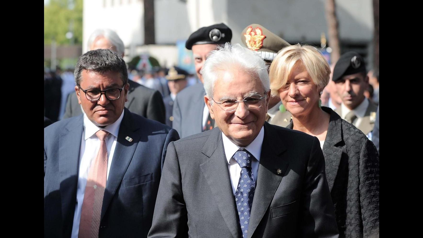 Mattarella: L'Italia non è un malato incurabile. Sviluppo dipende da Sud