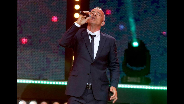 Napoli, Ramazzotti sul palco con Jovanotti per omaggio a Pino Daniele