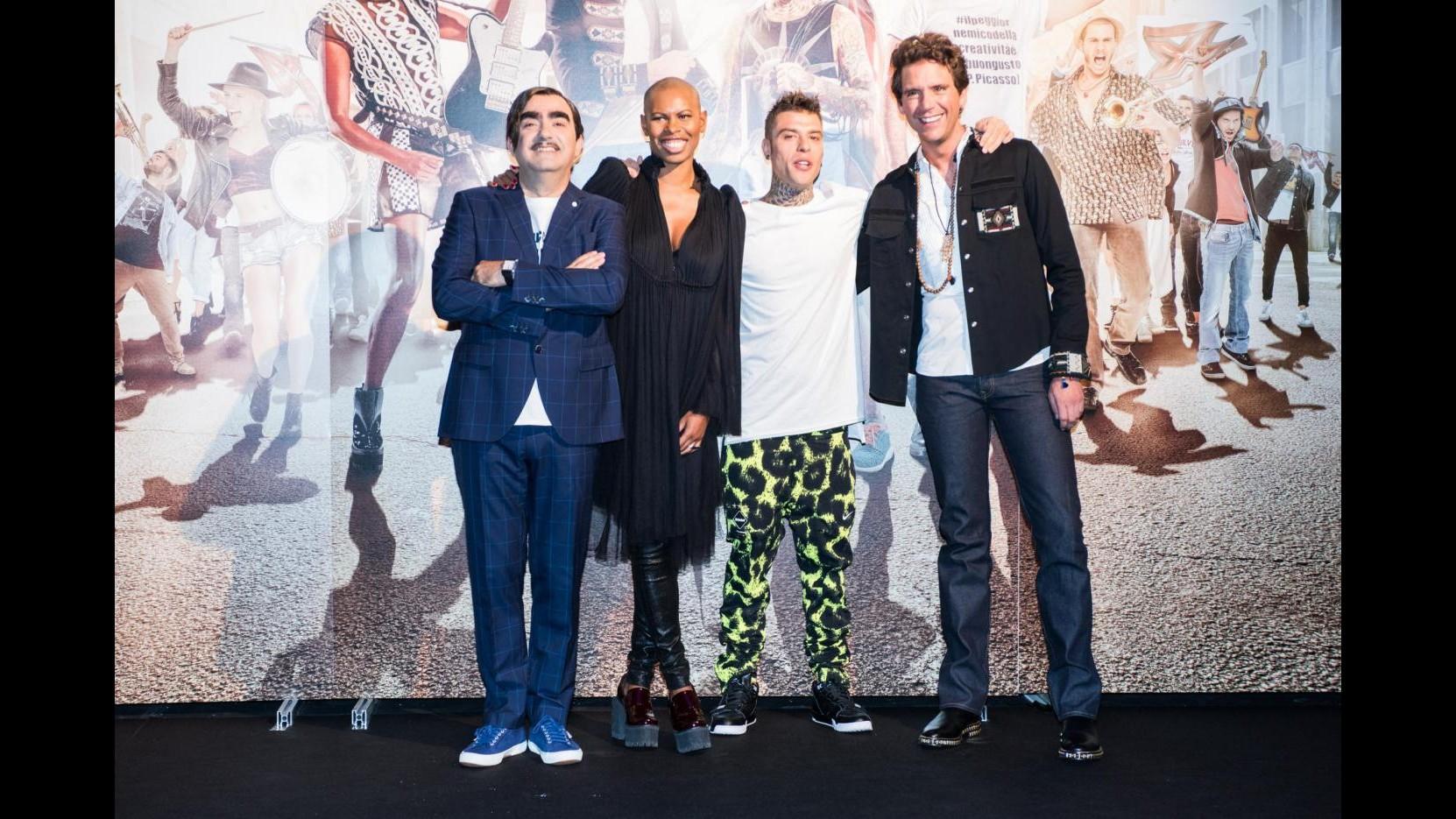 X Factor9, Elio salva Eleonora. Via Eva. Sul palco Bieber