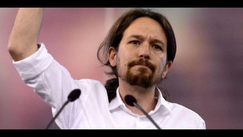 Spagna, Iglesias vince le primarie di Podemos, ma è scarsa l'affluenza