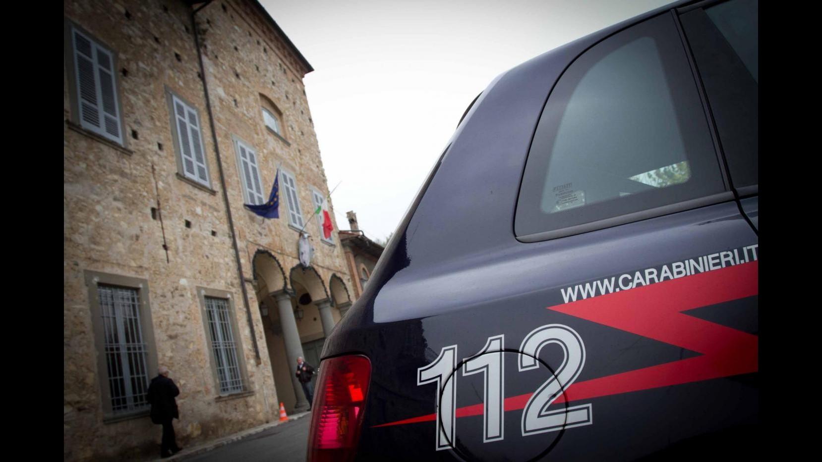 Reggio Calabria, uccise la madre dopo rimproveri per i brutti voti: arrestata 17enne