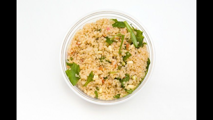 Guinness a Miami: insalata di quinoa più grande del mondo