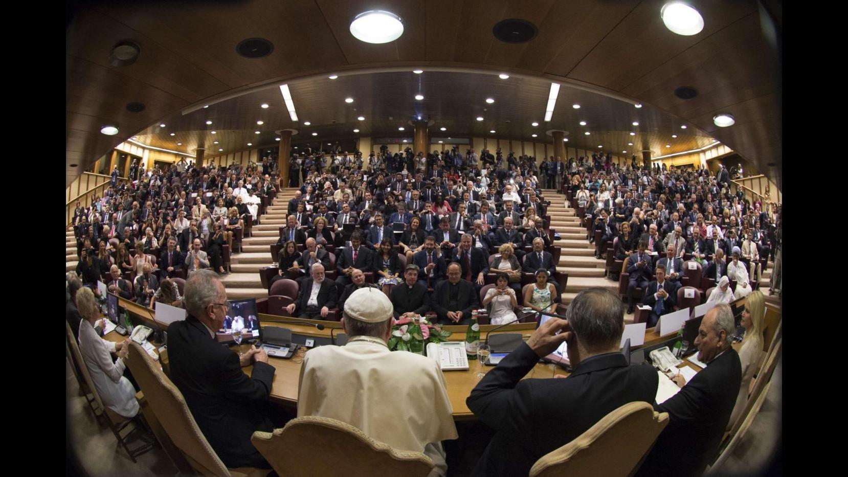 Clima, Papa e sindaci del mondo uniti: alleanza per uno sviluppo sostenibile