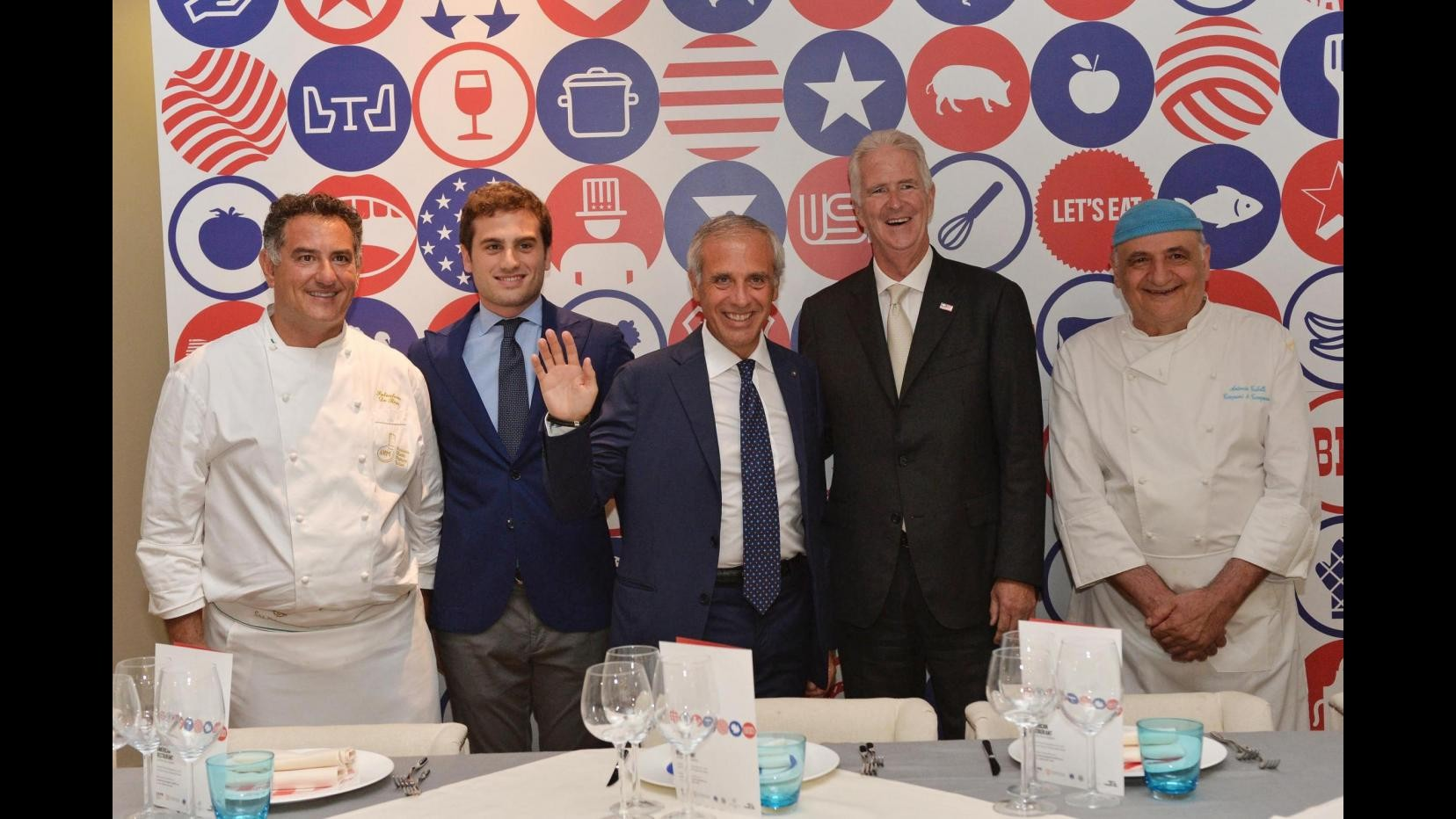 Expo, 'Eccellenze Campane' stupisce con Tubelli e De Riso