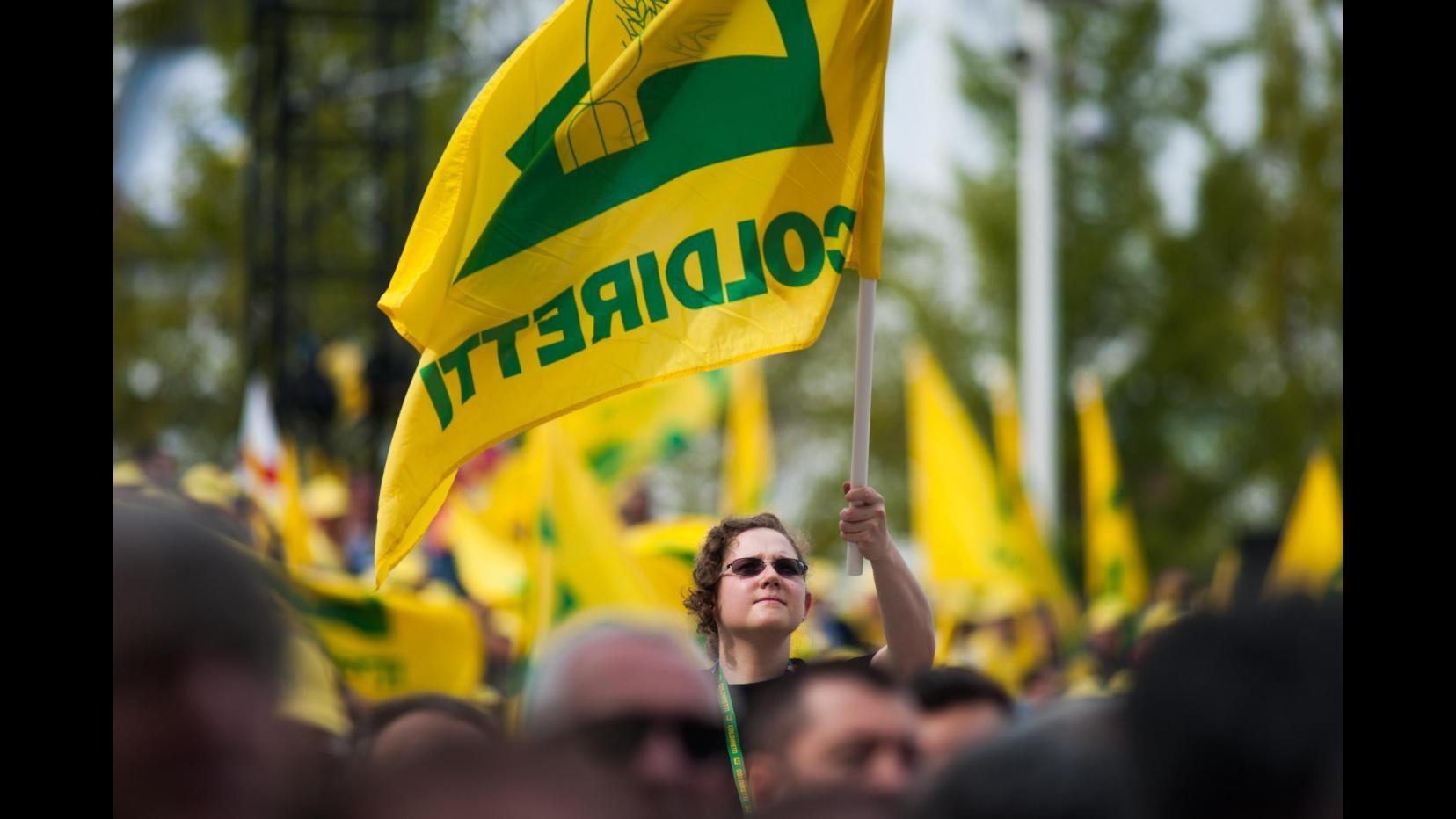 Coldiretti: Continua protesta davanti Lactalis, oggi annuncio Moncalvo