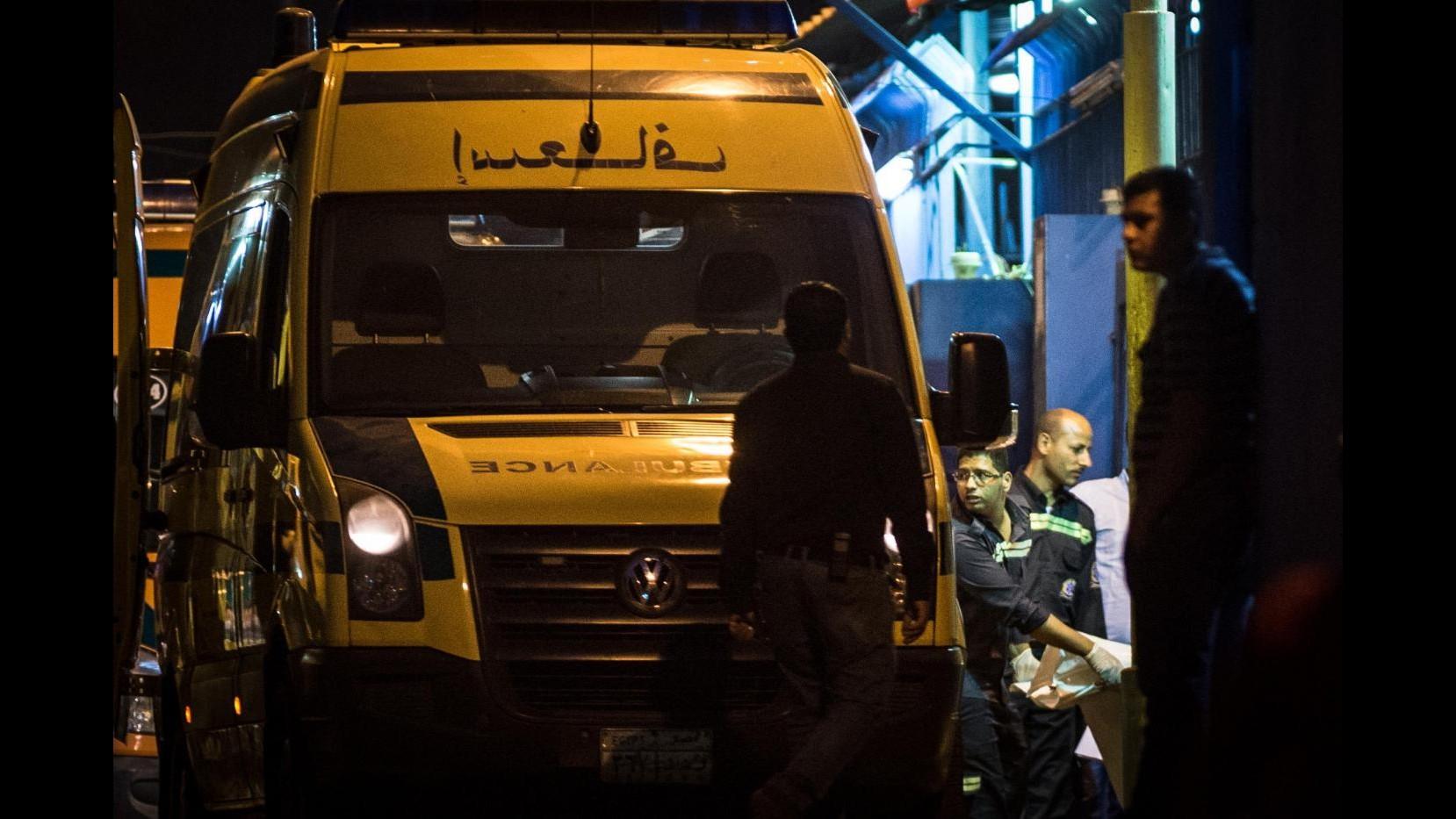 Disastro aereo in Egitto, è stata una valigia-bomba. Londra sospende i voli