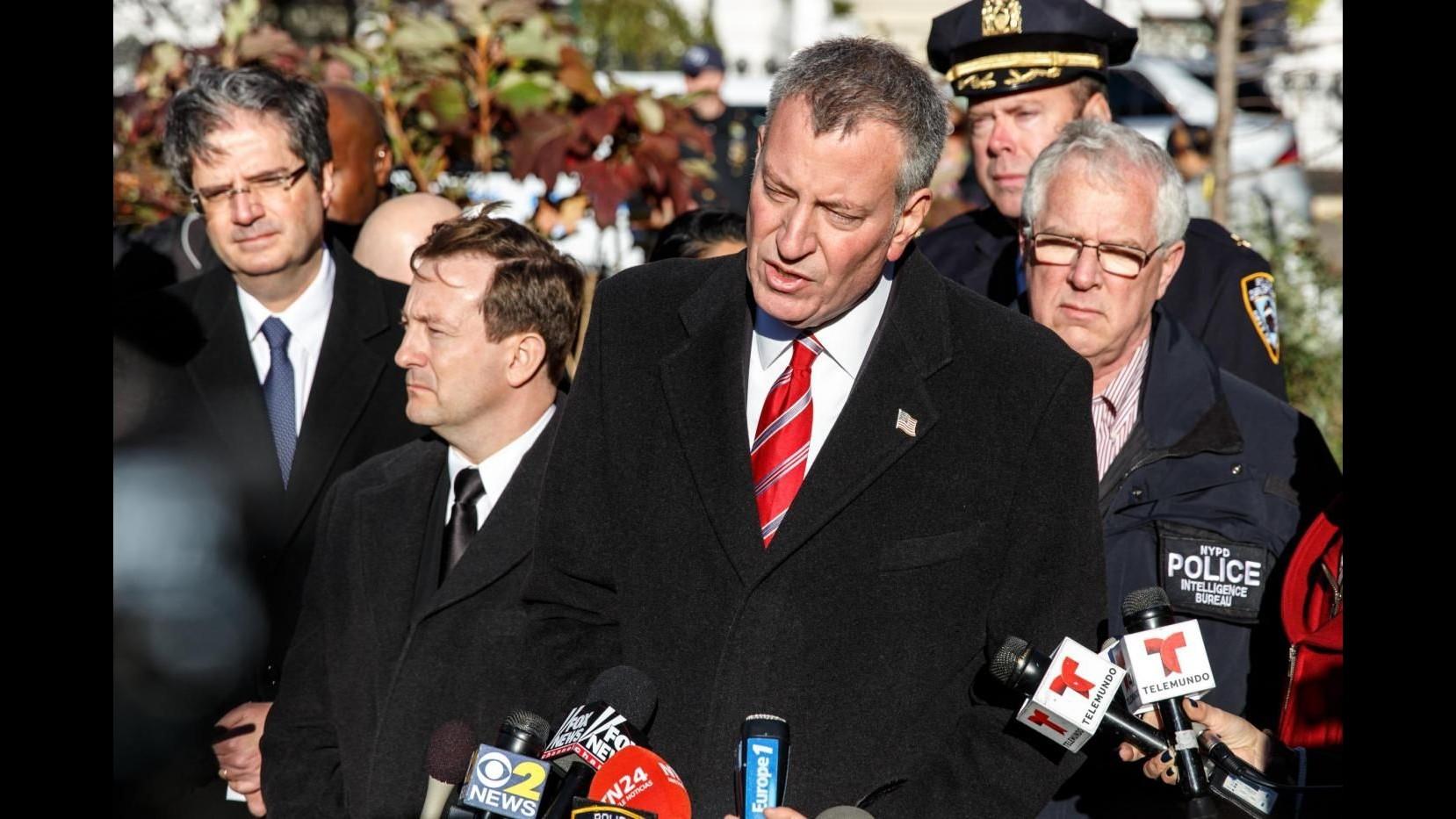 Terrorismo, sindaco New York: Nessuna minaccia credibile contro città