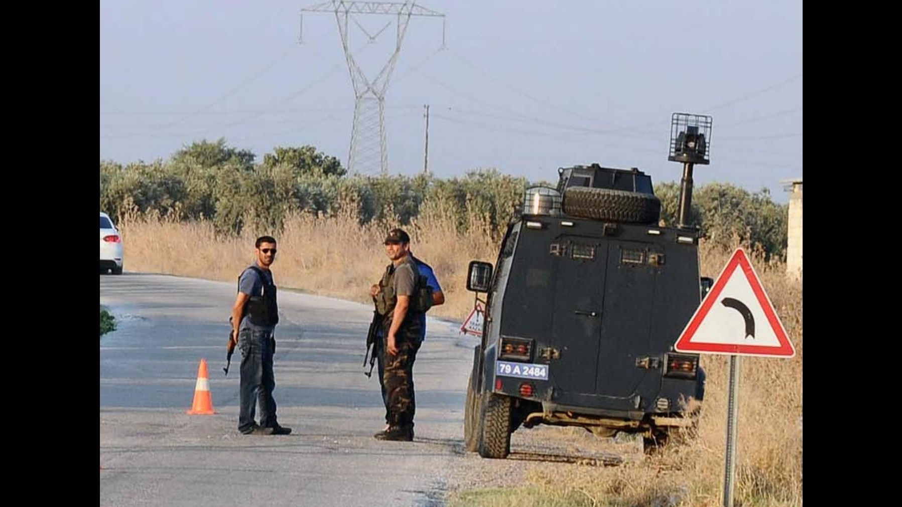 Turchia, scontri tra esercito e curdi: morti 11 membri Pkk e un soldato