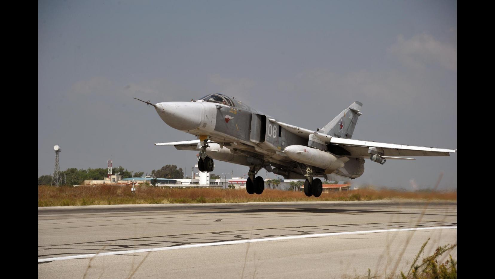 Siria, Mosca: Abbattimento jet è atto ostile, studiamo risposta
