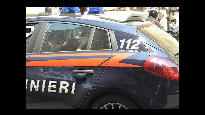 Varese, 31enne accoltellata dal marito reo confesso: uccisa nel sonno